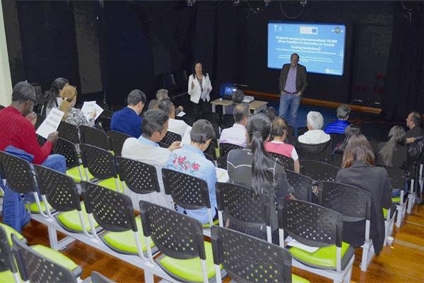 Formación del equipo docente de UPN Colombia.